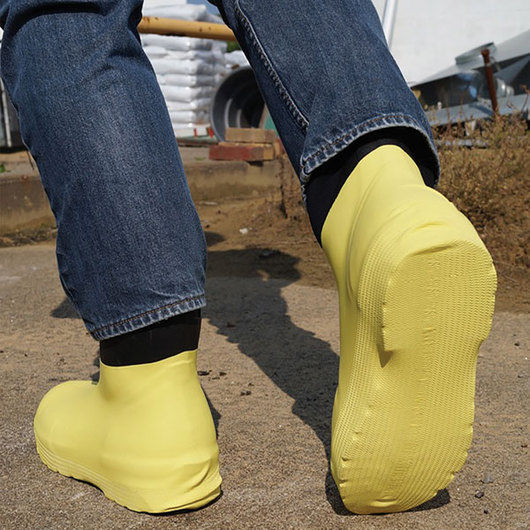 Shoe Covers - Size X-Large, Yellow, 10 pairs