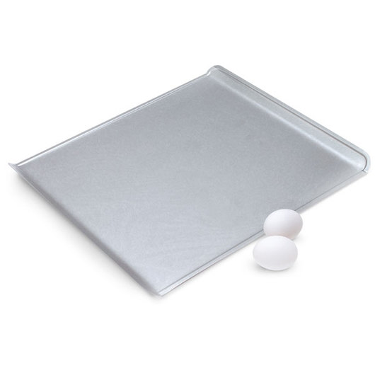 Chicago™ Metallic Commercial™ II Bakeware - Cookie Sheet - Uncoated - 15-3/4 in. x 13-3/4 in.