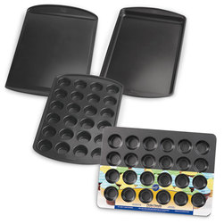 Wilton® Perfect Results Bakeware - Set of 4