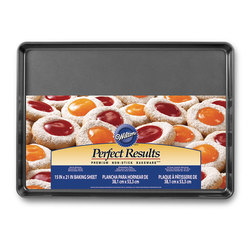 Wilton® Perfect Results Bakeware - 21 in. x 15 in. Mega Cookie Pan