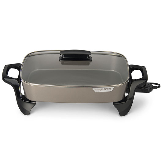 Presto® 16 in. Ceramic Electric Skillet