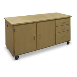 Hann Manufacturing Mobile Demonstration Table - 72 in. L x 30 in. W x 36 in. H
