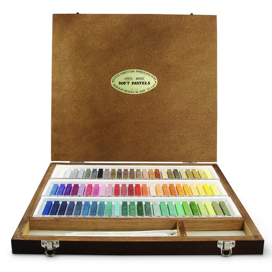 Holbein Artist Soft Pastels - Set of 72 in a Wooden Case