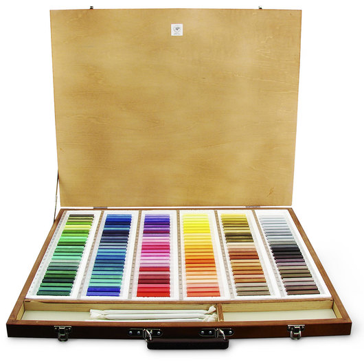 Holbein Artist Soft Pastels - Set of 144 in a Wooden Case